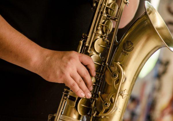 Saxophone Fran the Piano Man